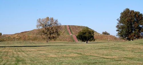 Monks Mound, Cahokia Mounds Illinois