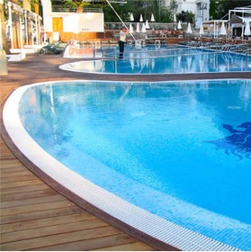 Building your own swimming pool in Spain