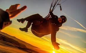 Sunset-Flug vom Westhang